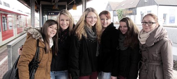 FOS 11 S Schüler besuchen soziale Einrichtungen in Dortmund (Foto: BKBB | FOS)