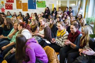Volle Hütte: Die Auszeichnung zur Fairtrade-School fand großes Interesse. Foto: SMMP/Bock
